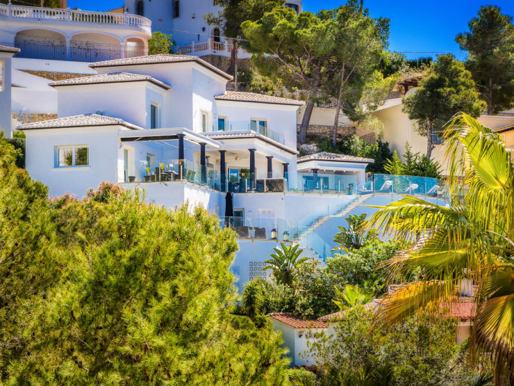 Luxury 5 Bed Villa – Amazing Views in Moraira