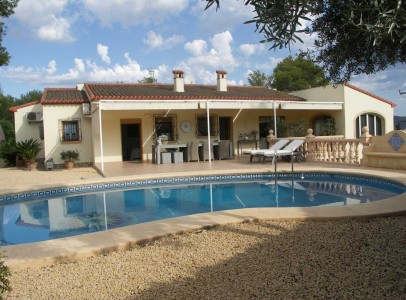 HIgh QualIty 4 Bed VIlla - Close to The Arenal Beach,Spain