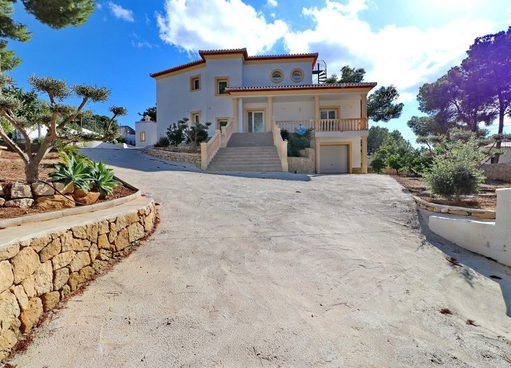 Luxury 3 Bed VIlla wIth Sea VIews In MoraIra, Spain