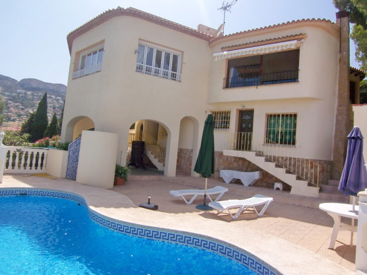 Fantastic villa with seaview for sale in Calpe