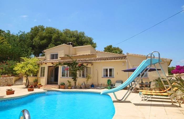 Lovely 4 Bed VIlla Close to MoraIra Town, Spain