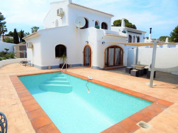 Immaculate 3 bed 2 bath vIlla walkIng dIstance to Beach and MoraIra Town,Spain