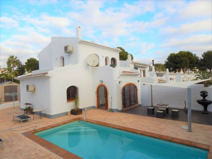 Immaculate 3 bed 2 bath vIlla walkIng dIstance to Beach and MoraIra Town, Spain