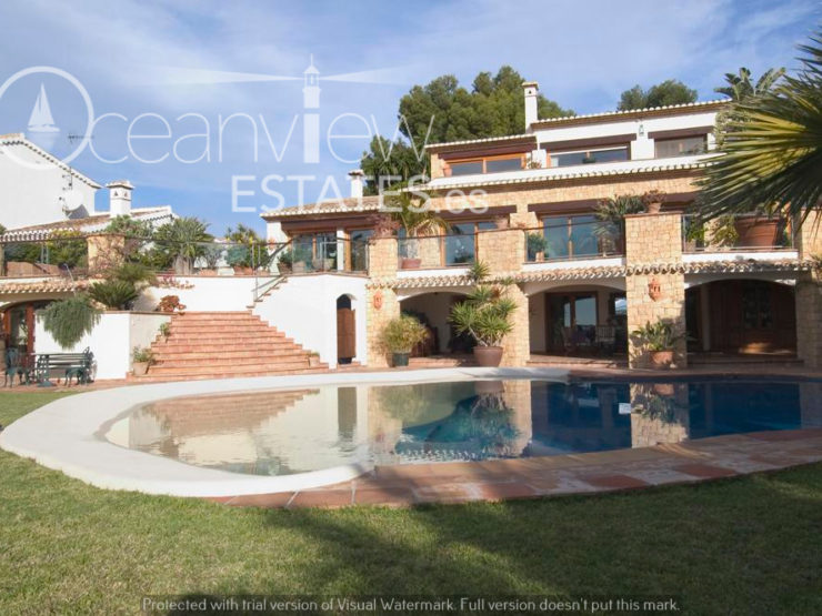 Glorious 5 Bed Villa Situated In one of The Best Locations in Moraira