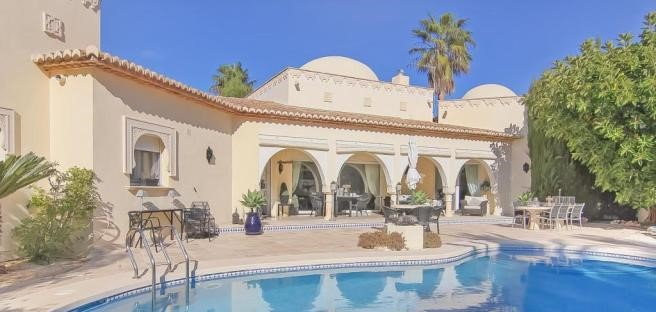 Unique 4 Bed Arabic Style Villa In Javea