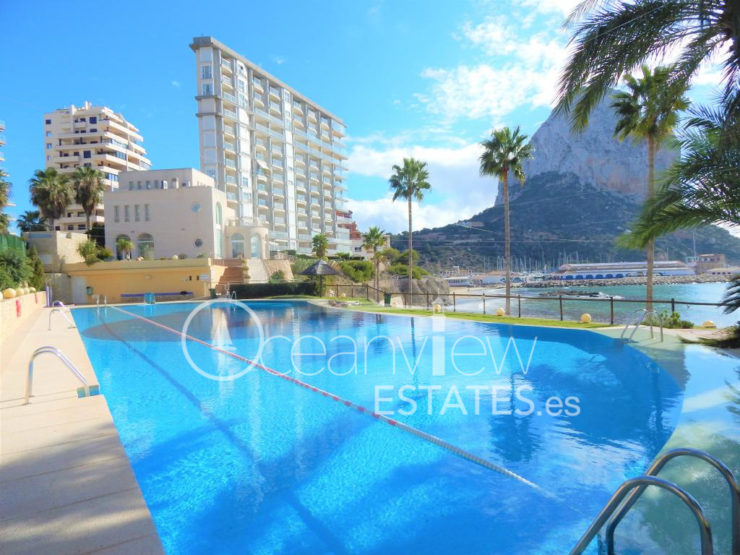 Fantastic Front line 2 bed 2 bath apartment in one of the most exclusive complexes in Calpe