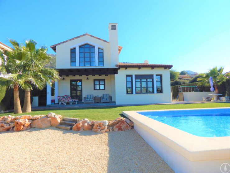 Javea Lovely Spacious 3 bedroom 3 bathroom villa