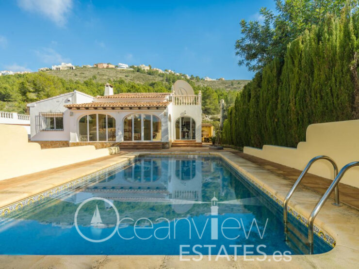 Lovely 3 Bed 2 Bath Villa All On One Level In Moraira