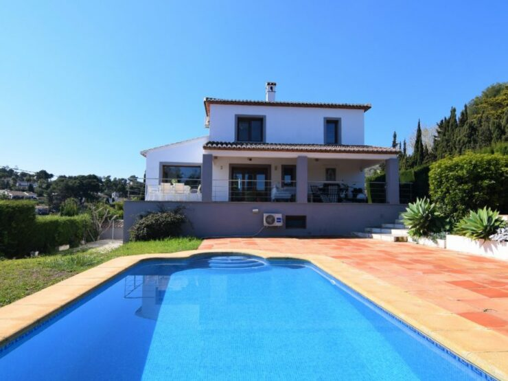 Fantastic 6 Bed Modern Villa With Sea Views In Javea