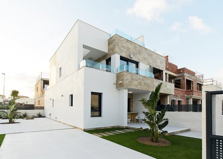 Brand New 3 Bed 3 Bath Villa In La Zenia