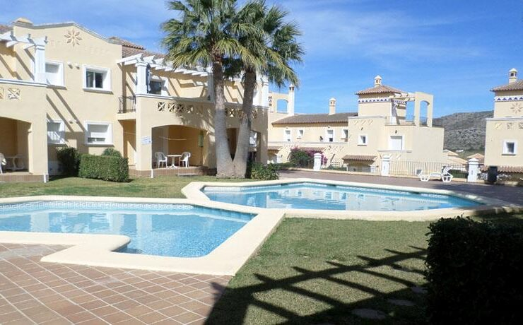 Ground Floor 2 Bed Corner Apartment On La Sella Golf