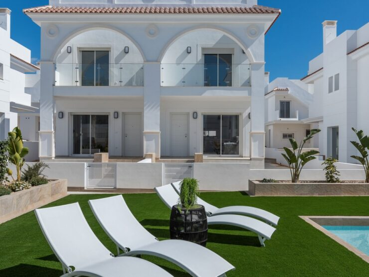Duplex Semi Detached 2 Bed Villa in Quesada