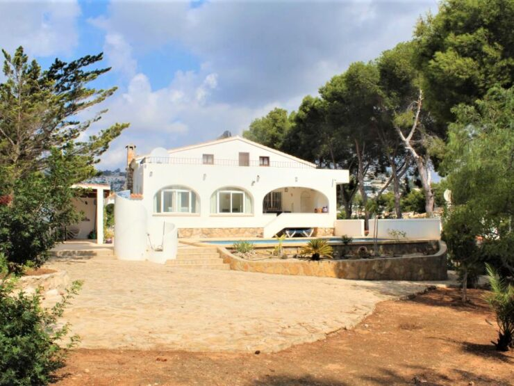Large 4 Bed Villa 1000M From The Sea In Moraira