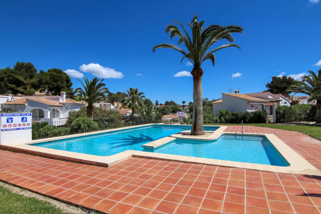 3 Bed Villa With Separate Apartment in Moraira