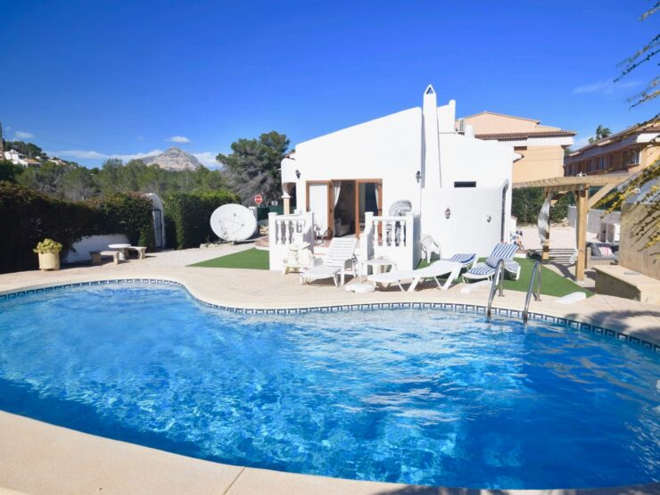 Beautiful 2 Bed Villa in Javea