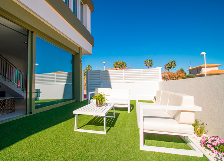 2 and 3 bedroom townhouses in Denia, high quality