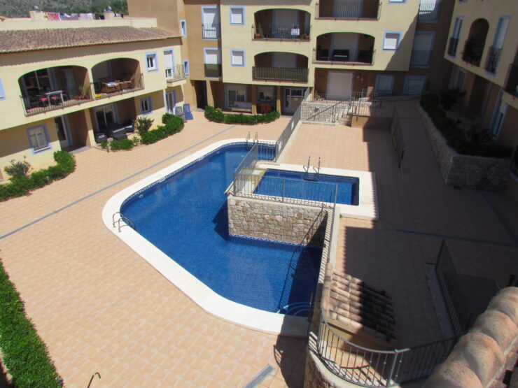 A superb 1 bedroom Apartment in Teulada walking distance to amenities and only 10 minutes from Moraira