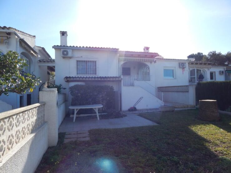 2 bedroom 2 bathroom Bungalow close to Moraira