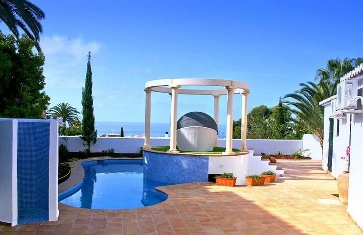 3 Bed villa In The Most Sought After Location In Moraira only Minutes Walk to the Beach
