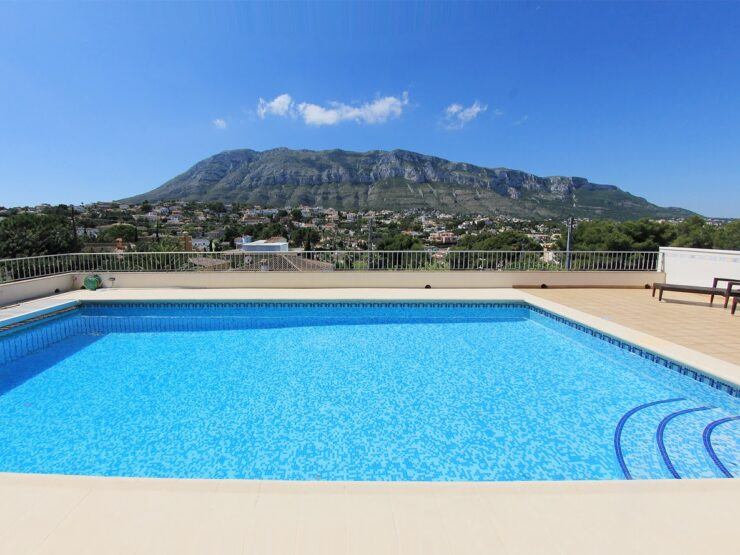 High Quality 5 Bed Villa With Wonderful Views