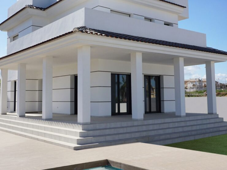 Brand New 3 Bed 3 Bath Villa With Sea Views in Quesada