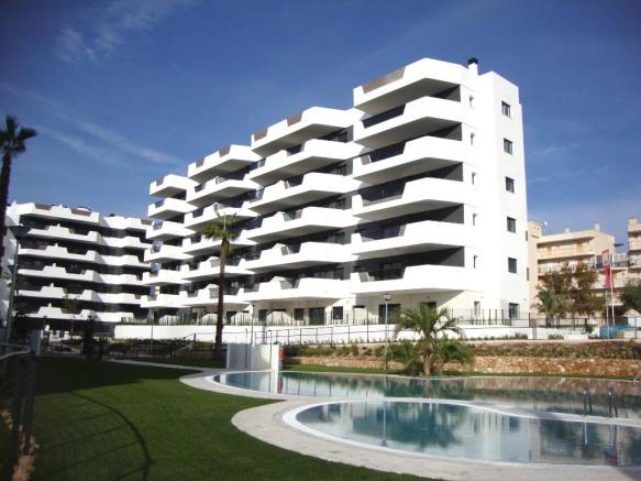 Spacious Beach Apartments Near To the Seafront and a Nature Reserve In Arenales Del Sol