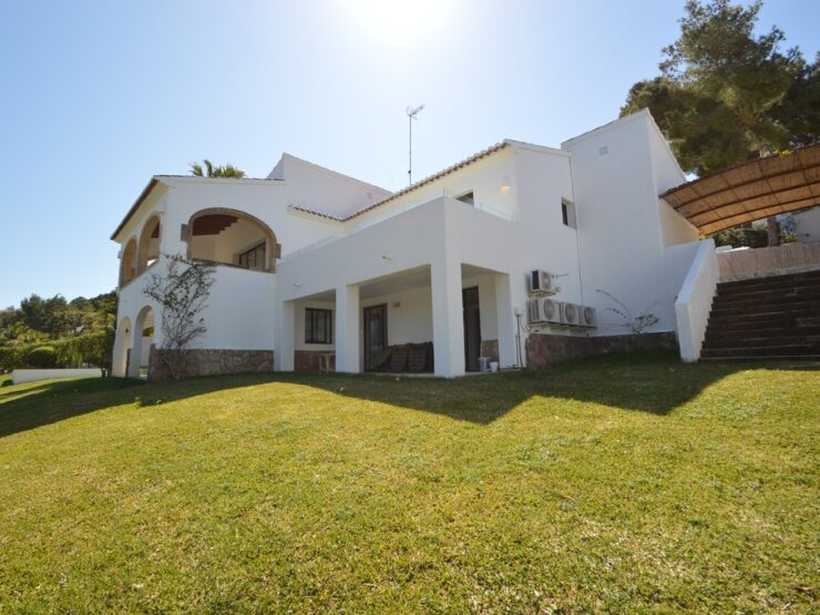 Fantastic villa in a prestigious location in Javea