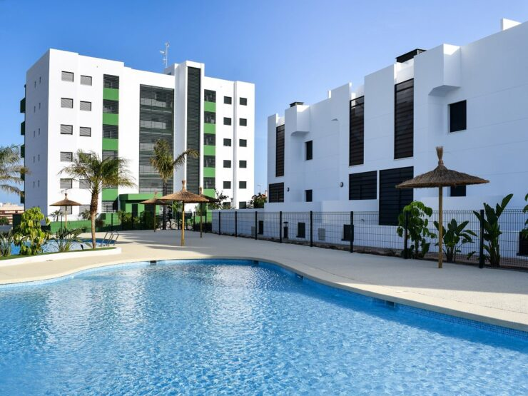 2 and 3 bedroom apartments and 2 bedroom townhouses for sale