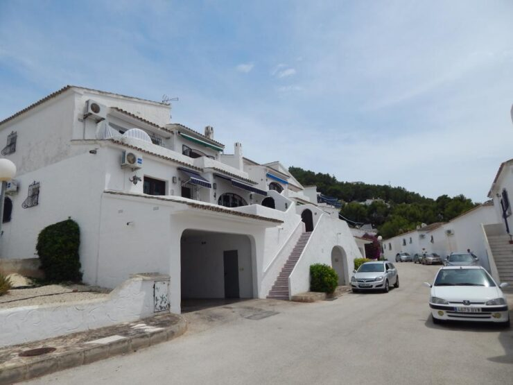 Lovely 2 Bed 1 bath Apartment With Communal Pool in Moraira