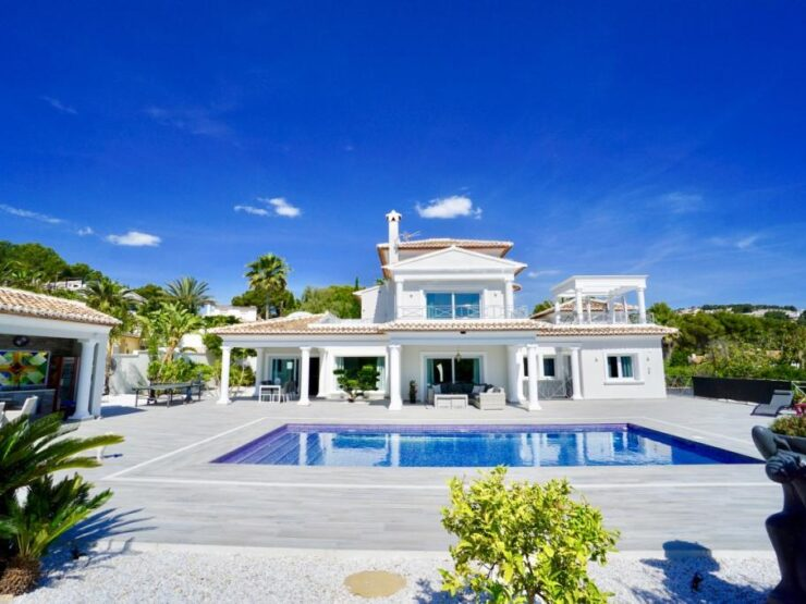 Fantastic Luxury 6 Bed Villa 15 min Walk to The Sea in Moraira