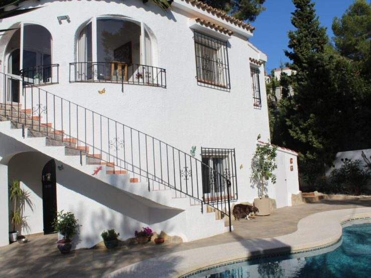 Immaculate 3 bedroom 2 bathroom Villa with pool on the Benissa Costa