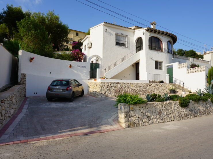 Lovely 3 Bed Villa Wit a Separate 1 Bed Apartment Walking Distance to Moraira