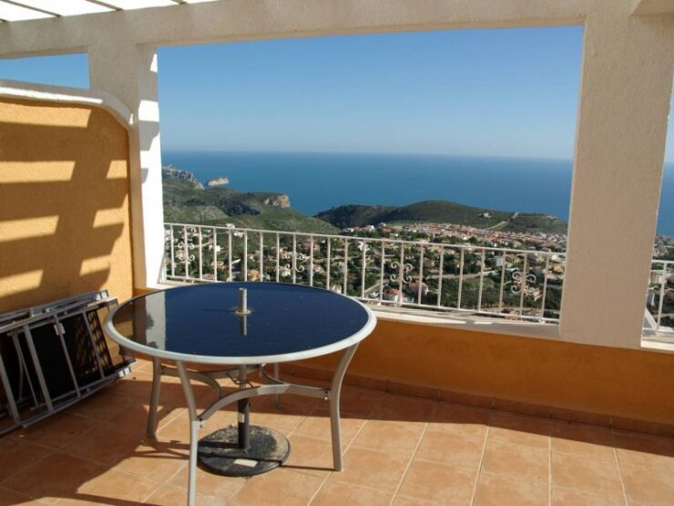 2 Bedroom, 1 Bathroom Apartment With Large Terrace and Panoramic Sea Views Benitachell