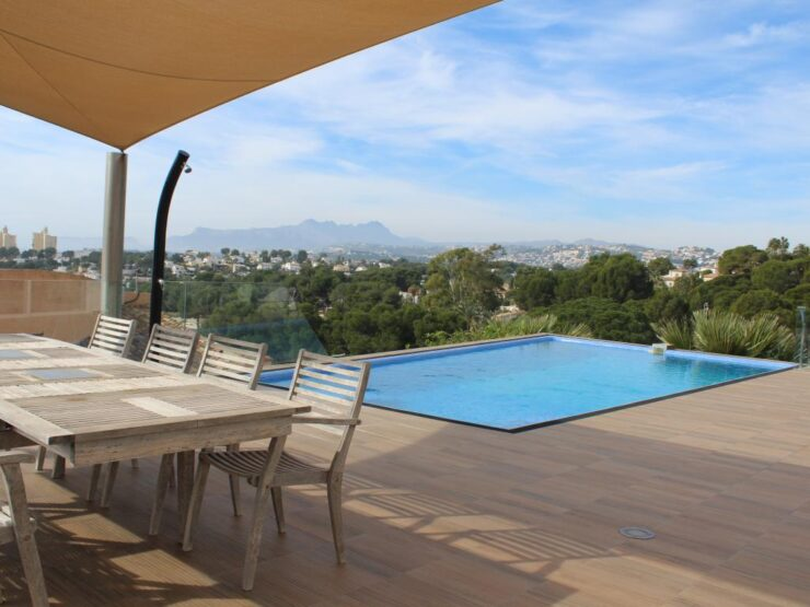 Very Modern 4 Bed Villa With Stunning Sea Views Located in the Most Prestigious Area In Moraira, El Portet